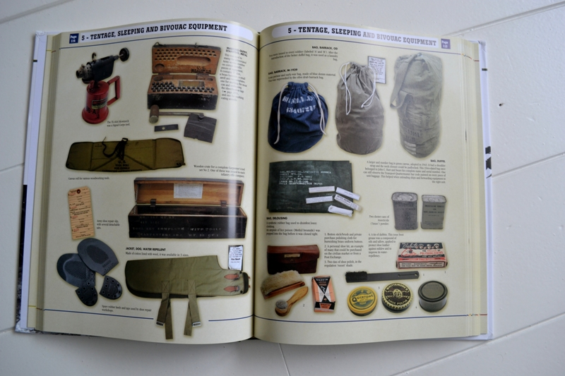 Government Issue book collector's guide henri-paul enjames long john blog us army european theater of operations histoire & collections usa soldiers soldier army jackets trousers helmets ww2 world war 2 boots badges (21)