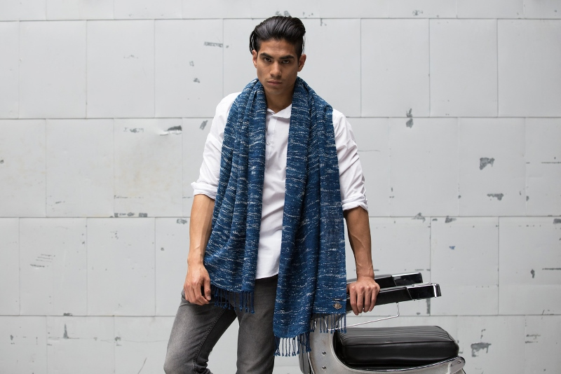 Indigo People x Denham_Tsuru long john blog rigid raw scarf shawl holland handmade blue indigo  (3)