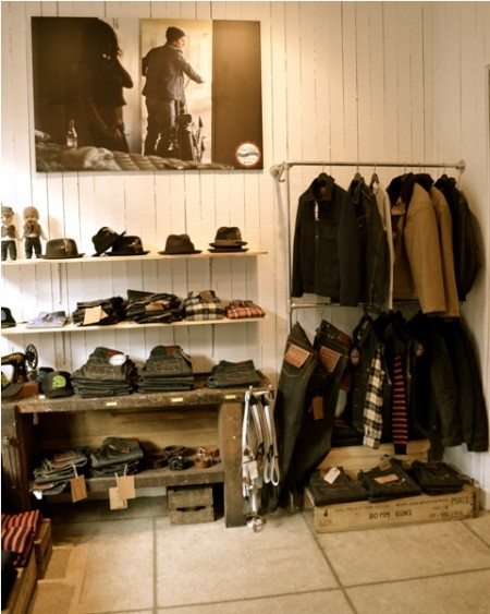 Kings & Queens shop store Antwerpen Antwerp jeans denim boots eat dust pike brothers red wing men's file vintage rock and roll LONG JOHN (4)