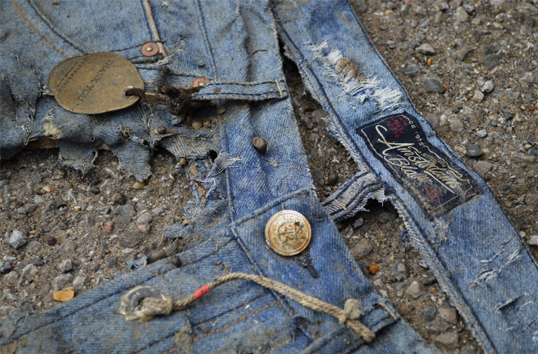 Michael Chell long john blog 3 months river wash thames denim jeans destroyed tears worn-out washed out selvage selvedge blue river uk (11)