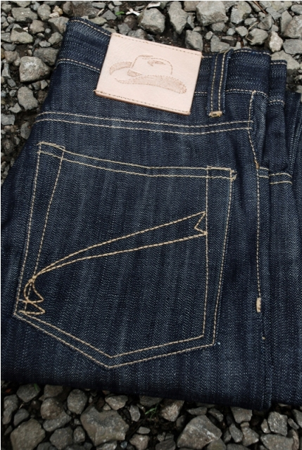 Old blue company jeans denim long john rigid raw blue blauw unwashed selvage selvedge leather natural tanned patch wallet belt bag shirt shirts blouse usa america gold rush cognac (6)