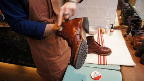 Red Wing Shoes Care Day 2 in RW Store Amsterdam (NL) with Matthijs ...