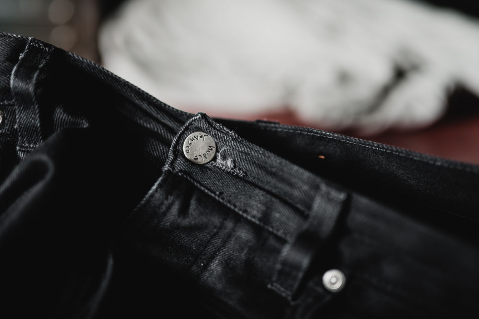 Steady-Eddie-Black-Selvage-Denimopedia_6 long john blog nudie jeans sweden maria 2015 fit selvage selvedge worn-out warps weft shuttle loom old worn vintagte  (1)