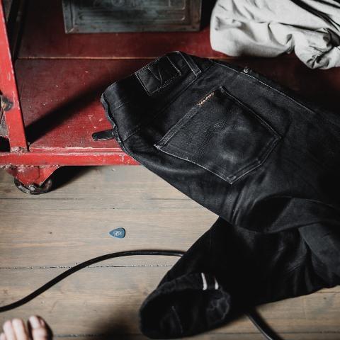 Steady-Eddie-Black-Selvage-Denimopedia_6 long john blog nudie jeans sweden maria 2015 fit selvage selvedge worn-out warps weft shuttle loom old worn vintagte  (2)