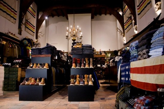 The Globe Arnhem shop store Holland Harry Wonder authentic shop vintage army clothing Rijnstraat LONG JOHN (4)