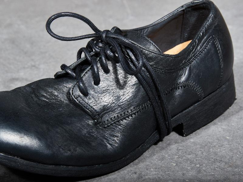 blue-de-genes-lookbook-winter-fall-2016-long-john-jeans-denim-photography-photos-photo-styling-clothing-jeans-denim-blouse-knitwear-denmark-genua-4-shoes-footwear-11