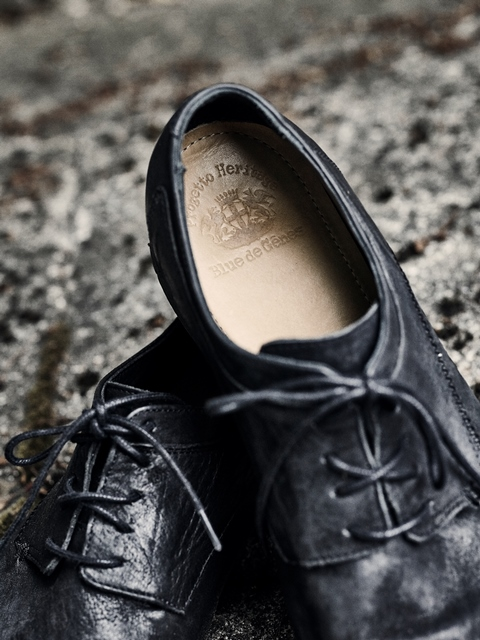 blue-de-genes-lookbook-winter-fall-2016-long-john-jeans-denim-photography-photos-photo-styling-clothing-jeans-denim-blouse-knitwear-denmark-genua-4-shoes-footwear-2