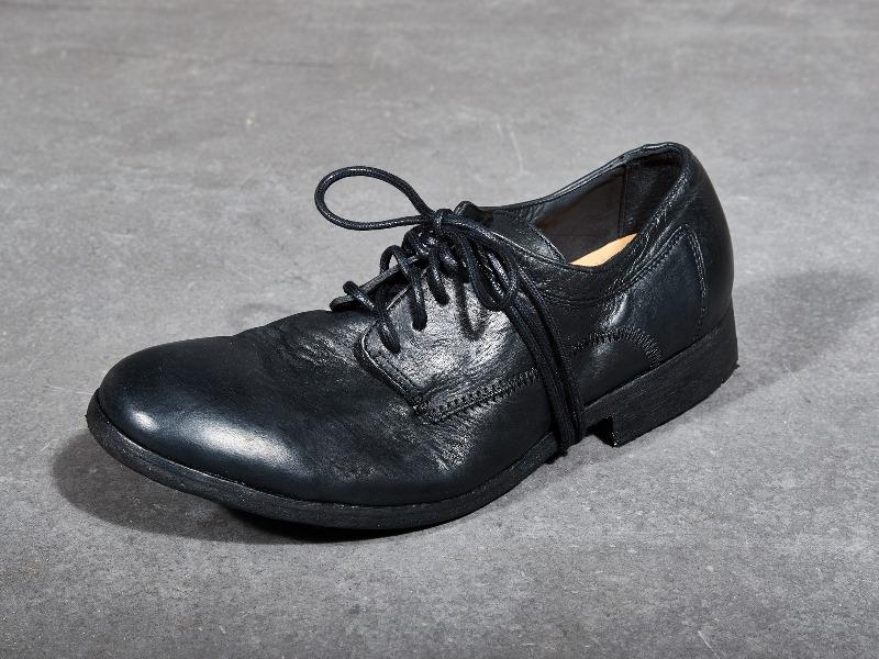 blue-de-genes-lookbook-winter-fall-2016-long-john-jeans-denim-photography-photos-photo-styling-clothing-jeans-denim-blouse-knitwear-denmark-genua-4-shoes-footwear-9