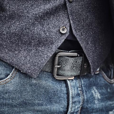 blue-de-genes-lookbook-winter-fall-2016-long-john-jeans-denim-photography-photos-photo-styling-clothing-jeans-denim-blouse-knitwear-denmark-genua-41-7