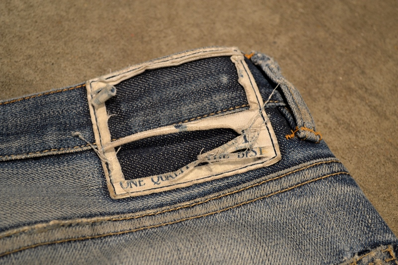 bob rijnders best of brands hoogland long john blog denim jeans butcher of blue worn-out holland repair patched hook blue unwashed selvage selvedge rigid torn patch 2 years old rinse 5 pocket  (15)