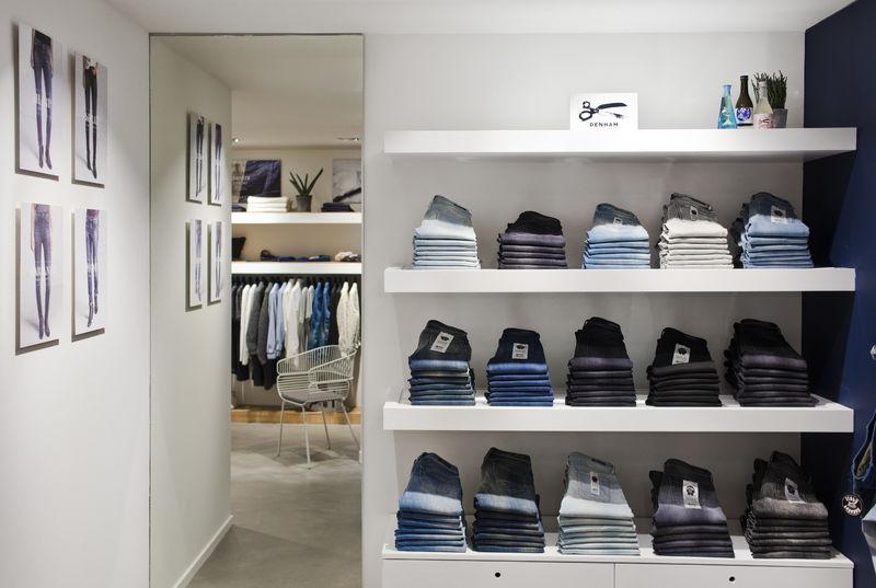 denham store antwerp long john blog 2015 jason denham jeans denim selvage selvedge rigid raw blue blauw spijkerbroek amsterdam store shop denham the jeanmaker opening  (3)