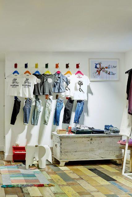 denham-store-jeans-denim-long-john-blog-authentic-winkel-jason-denham-blue-hobbemastraat-amsterdam-the-netherlands-holland-indigo-new-opening-leather-rigid-stretch-8