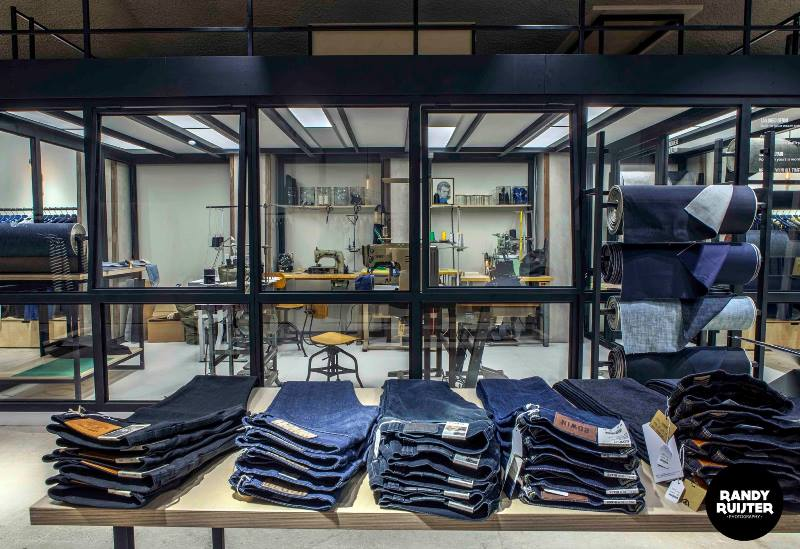 denoism store rotterdam longjohnblog retail shop winkel denim jeans clothing menswear herenkleding blauw niek logger denimhead denimheads denimlife denimstyle merken brands (7)