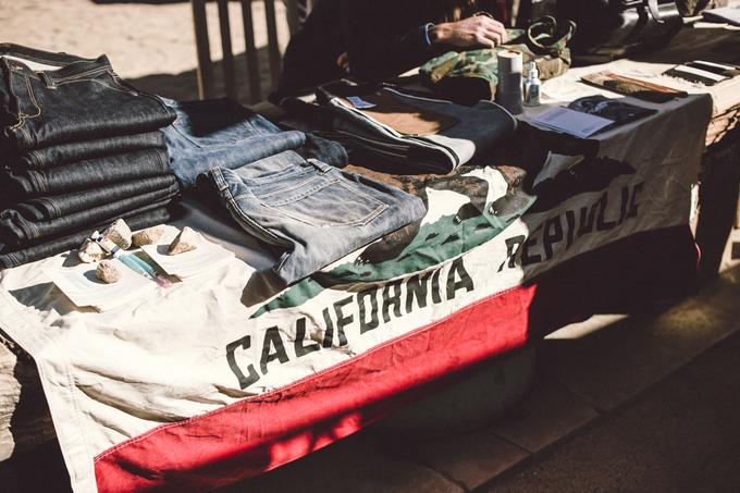 dersert en denim 2016 event fair tradeshow long john blog denim jeans selvage brands usa experience food music clothing clothes bikers bikes blue indigo barber shop store retail new (6)