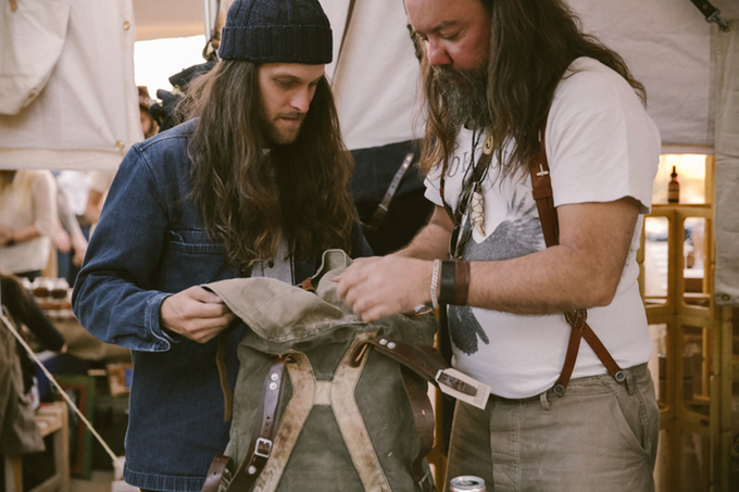 dersert en denim 2016 event fair tradeshow long john blog denim jeans selvage brands usa experience food music clothing clothes bikers bikes blue indigo barber shop store retail new (8)