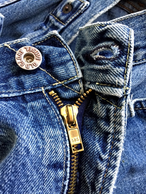 diesel-jeans-long-john-blog-old-glory-collection-gold-miners-goldminer-goldminner-blue-selvage-orange-v-stitch-hidden-rivets-italy-1992-cinchback-5pocket-catalog-vintage-old-renzo-rosso-rr5-74