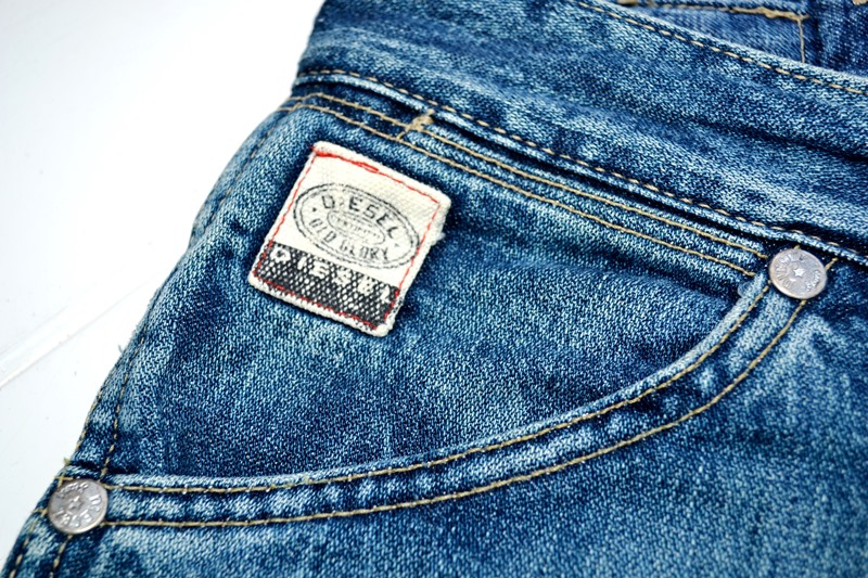 diesel-old-glory-long-john-blog-denim-jeans-1990-1992-1994-italy-made-in-collector-collectorsitem-patch-label-broken-twill-og-renzo-rosso-collection-premium-denim-murphy-style-wrangler-11m-517