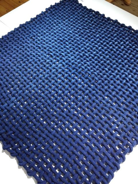 indigo-expo-dutch-design-week-long-john-blog-crafts-council-nederland-japan-2016-blue-handmade-dyed-indigodyed-natural-carpet-gloves-jeans-denim-authentic-1