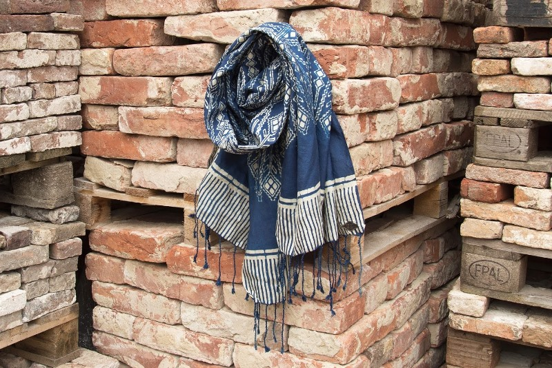 indigo people spring 2017 summer longjohnblog long john indigo blue scarf scarves kiat ikat handloom shuttle loom handmade natural indigo patterns (2)