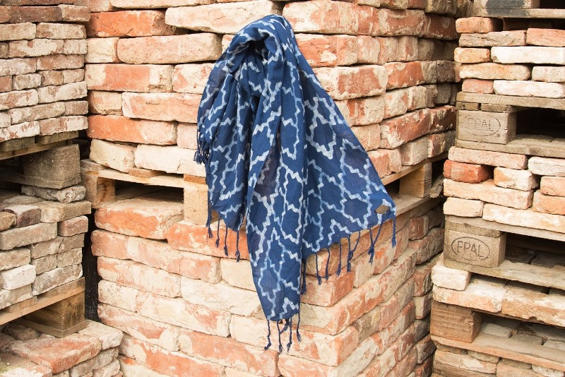 indigo people spring 2017 summer longjohnblog long john indigo blue scarf scarves kiat ikat handloom shuttle loom handmade natural indigo patterns (6)