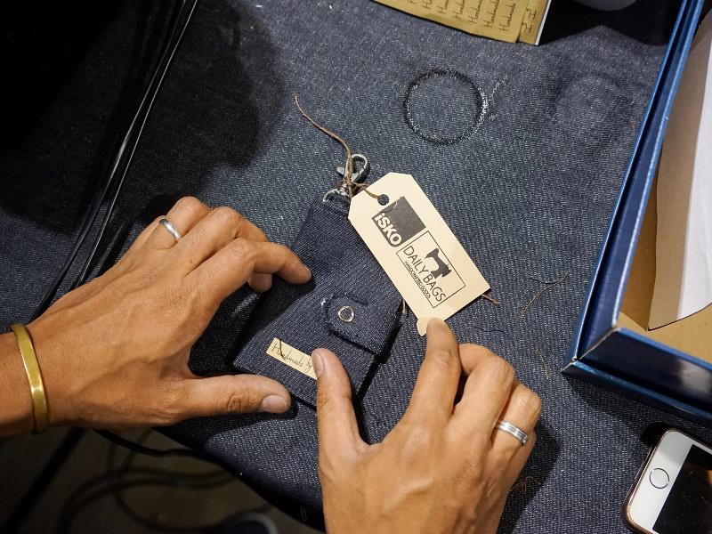 isko-event-long-john-blog-amsterdam-office-opening-2016-denim-fabric-mill-jeans-denimpeople-denimheads-denimdudes-sashikodenim-dailybags-handmade-ivy-lee-production-sashiko-turkey-13