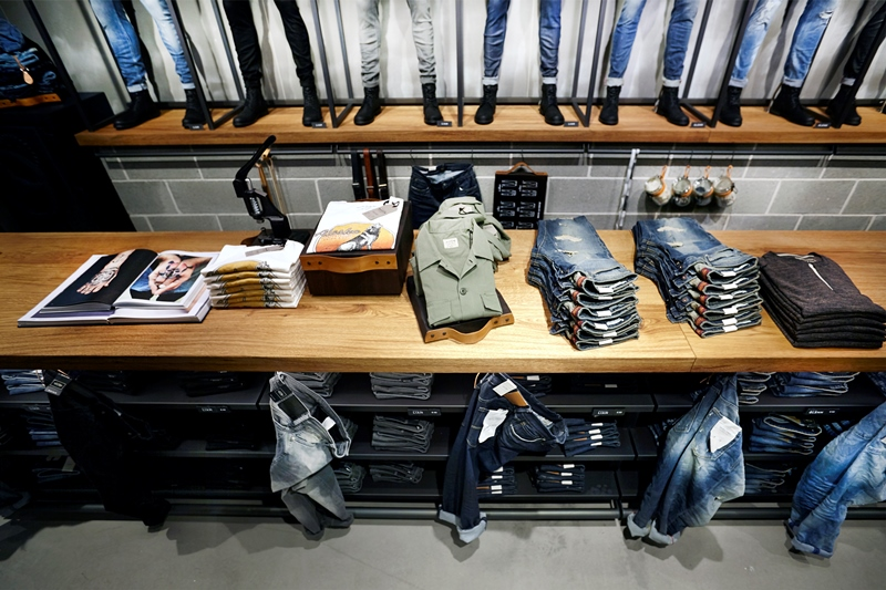 jack-and-jones-long-john-blog-jeans-intelligence-studio-salzburg-store-shop-austria-denim-jeans-new-2016-fall-winter-concept-blue-indigo-spijkerbroek-bestseller-22