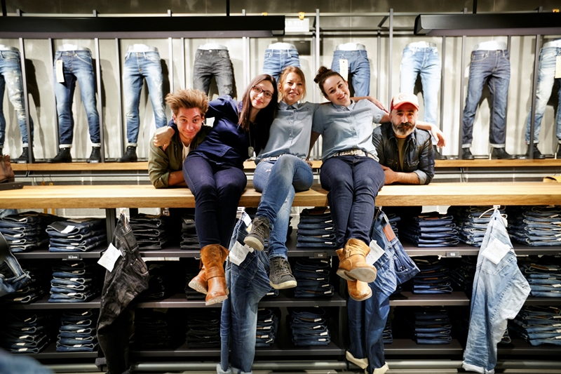 jack-and-jones-long-john-blog-jeans-intelligence-studio-salzburg-store-shop-austria-denim-jeans-new-2016-fall-winter-concept-blue-indigo-spijkerbroek-bestseller-30