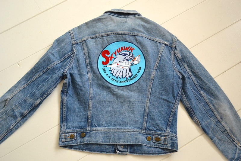 lee jeans rider jacket long john blog patches patched vintage original blue indigo worn-out treasure usa americana spijkerjas spijkerjack (11)