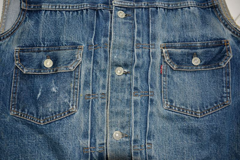 levis jeans big e type 2 507XX jacket jack long john blog biker cut-off sleeveless selvage selvedge white nomads vintage original usa harley davidson red tab us california blue indigo (5)