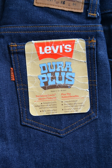 levis levi's jeans denim dupra plus vintage long john blog freelance marketing specialist fashion brands deadstock unwased raw rigid orange tab treasure flare pipes 1976 talon zipper 42 24 buttons 5 pocket (3)