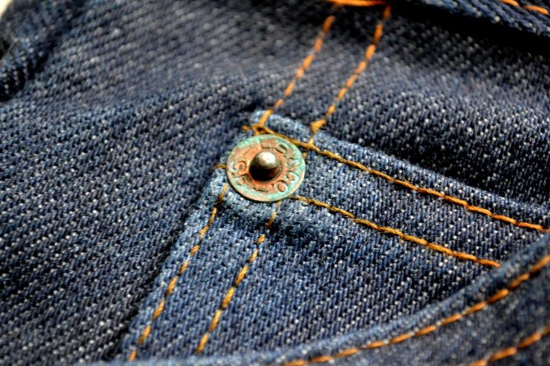 levis levi's jeans denim dupra plus vintage long john blog freelance marketing specialist fashion brands deadstock unwased raw rigid orange tab treasure flare pipes 1976 talon zipper 42 24 buttons 5 pocket (9)