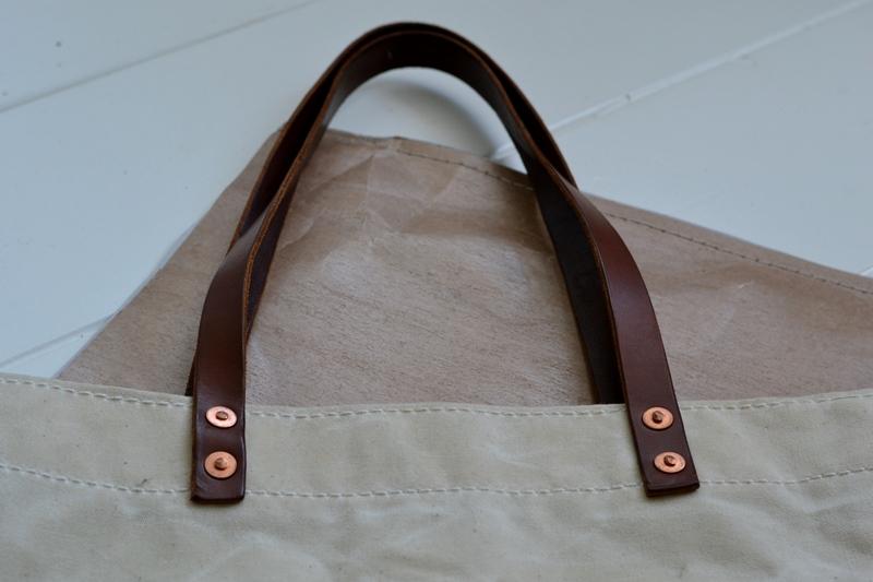 lvid utrecht holland long john blog bag totebag shopper canvas deadstock handmade handgemaakt leather strap rivet rivets nails (5)