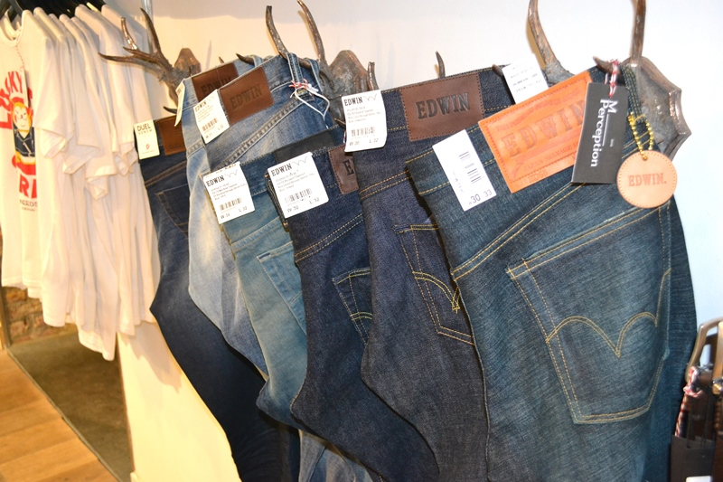 m-perception maastricht store shop long john blog jeans denim butts and shoulders flowers clothing nl holland books footwear shoes true fit denim dudes bob koi edwin japan (21)