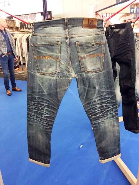 nudie jeans long john wornout projects nudiejeans worn denimheads denimhead denimpeople modefabriek winter 2017 ageing aged faded fades denimporn blue (2)