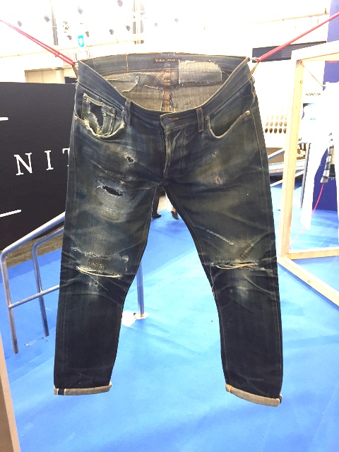 nudie jeans long john wornout projects nudiejeans worn denimheads denimhead denimpeople modefabriek winter 2017 ageing aged faded fades denimporn blue (3)