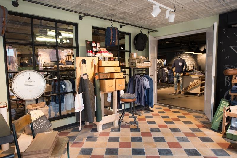 the bakery long jonh blog store shop blue jeans denim bread brood reusel holland redwing denham koi kings of indigo bakkersstraat opening 2015 open nieuw new indigo fresh vers (8)