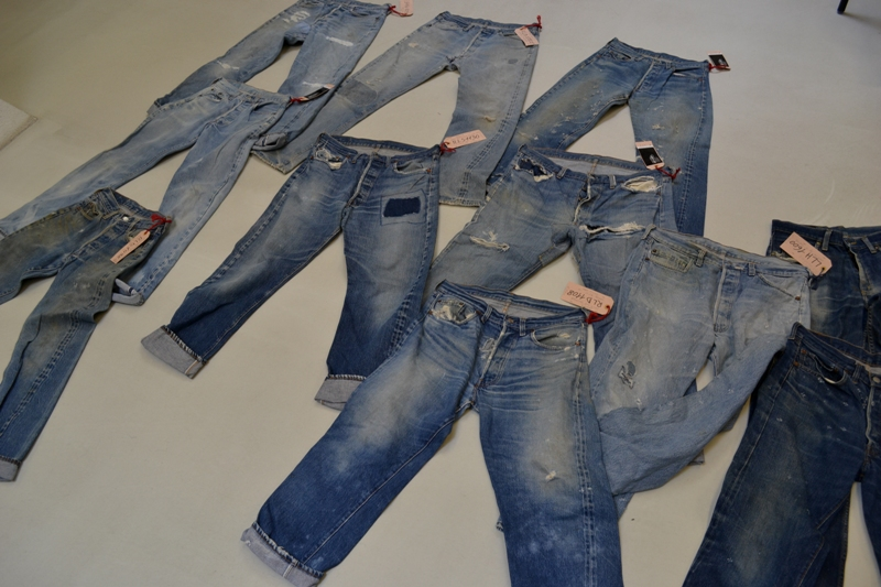 Amsterdam denim days long john blog teaser wouter munnichs denim jeans antonio di battista private collection deadstock selvage levi's lee wrangler selvedge worn-out old destroyed blue rigid raw red tab big e  (2)