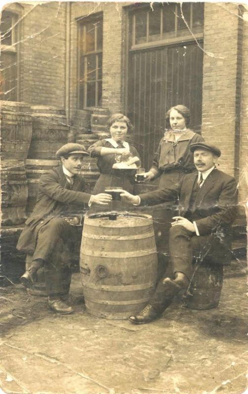 Beerze Bier beer Vessem long john blog authentic handmade cheers salut jasper langenhof beerze bold beerze brave eindhoven holland authentic old school local taste best  (2)