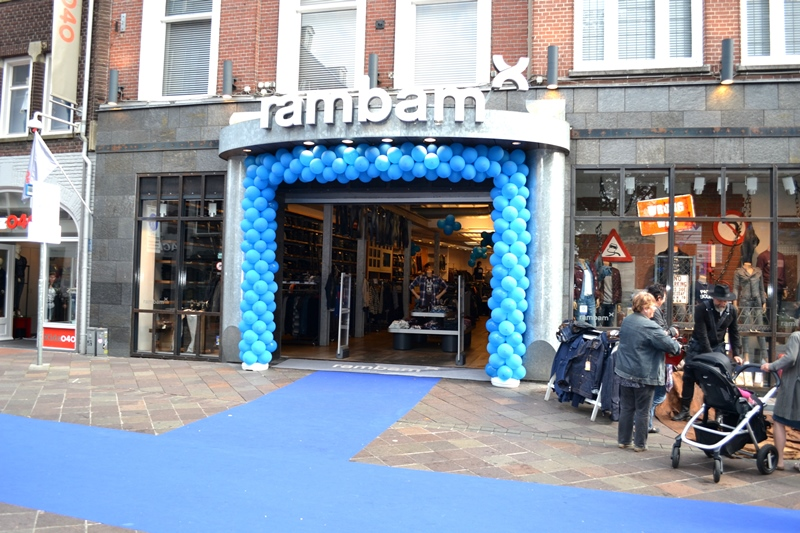 Denim City Hang-Out eindhoven fashion weekend long john blog jeans denim rambam store 2015 event fair dyemond goods deadstock resurrection royal sneakers music burgers beer denim run wing mo (4 (47)