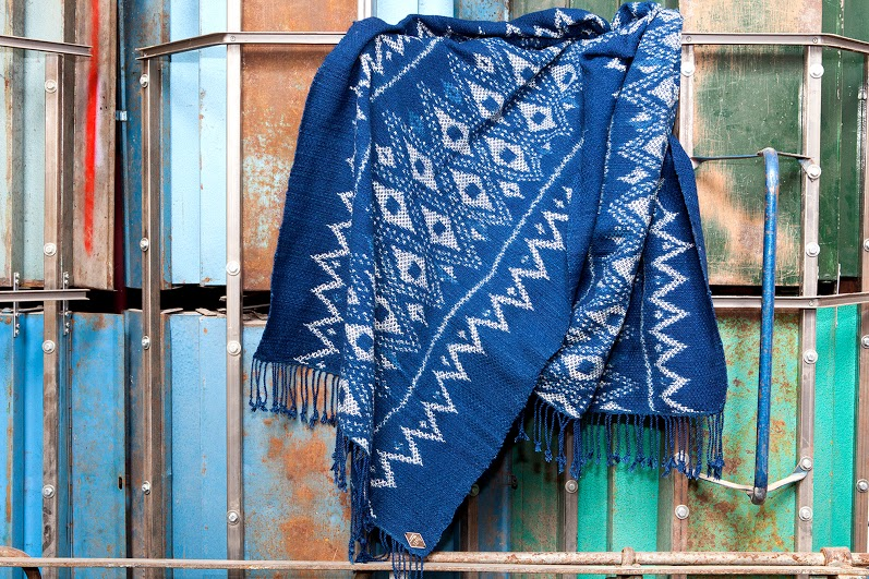 Indigo People scarfs long john blog handmade holland amsterdam blue worn jeans denim toile de chine clothing vintage authentic dyed natural indigo special edition anniversary  (7)