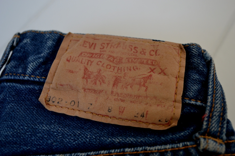 Levi's jeans denim big e BIG E long john blog raw rigid blue selvage selvedge red line button #4 single stich talon zipper 42 wouter munnichs usa vintage 1960 old kids jean train tracks (3)