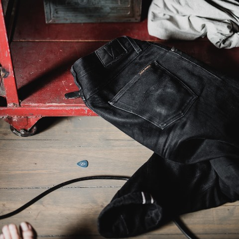 Steady-Eddie-Black-Selvage-Denimopedia_6 long john blog nudie jeans sweden maria 2015 fit selvage selvedge worn-out warps weft shuttle loom old worn vintagte  (2)