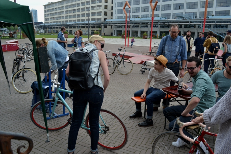 The denim run eindhoven holland long john blog wing mok emiel gerardu south of holland bikers bicycle customized fixies ketelhuis bbq strijp-s part 2 second edition wheels denim people denimheads blue raw rigid  ( (28)