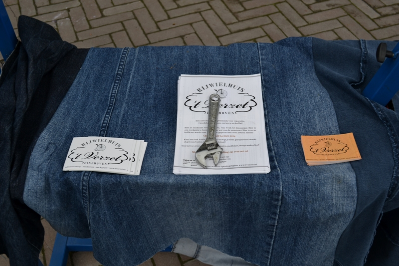 The denim run eindhoven holland long john blog wing mok emiel gerardu south of holland bikers bicycle customized fixies ketelhuis bbq strijp-s part 2 second edition wheels denim people denimheads blue raw rigid  ( (29)