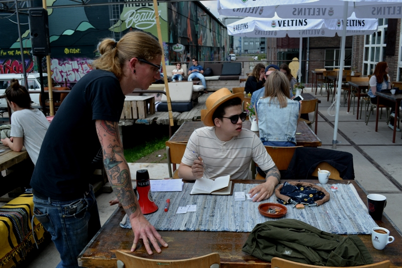 The denim run eindhoven holland long john blog wing mok emiel gerardu south of holland bikers bicycle customized fixies ketelhuis bbq strijp-s part 2 second edition wheels denim people denimheads blue raw rigid  ( (6)
