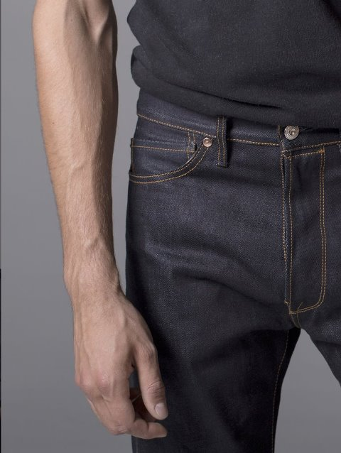 benzak-bdd-long-john-blog-jeans-denim-selvage-selvedge-lennaert-nijgh-selvage-selvedge-rigid-unwashed-raw-new-blue-indigo-worn-out-portugal-10