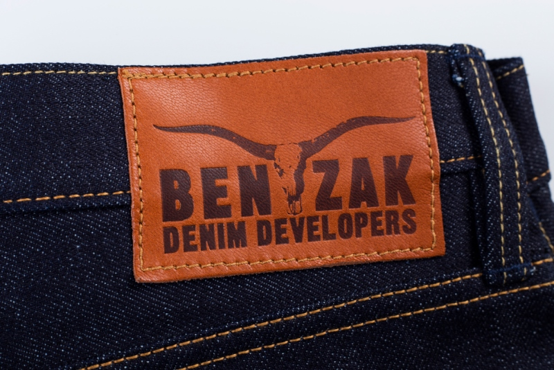 benzak denim developers bdd long john blog indigo collect mill japan jeans special fit 14oz selvage selvedge model white tee black 2016 lennaert nijgh leather patch (8)