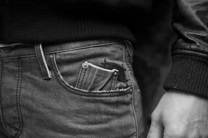 blue-de-genes-lookbook-winter-fall-2016-long-john-jeans-denim-photography-photos-photo-styling-clothing-jeans-denim-blouse-knitwear-denmark-genua-13