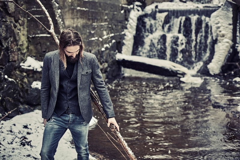 blue-de-genes-lookbook-winter-fall-2016-long-john-jeans-denim-photography-photos-photo-styling-clothing-jeans-denim-blouse-knitwear-denmark-genua-6