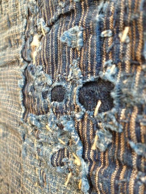 boro rags japan authentic fisherman farmers clothing long john blog blue sashiko stiching raw jeans denim blue 1900 old worn-out faded shit denim (4)